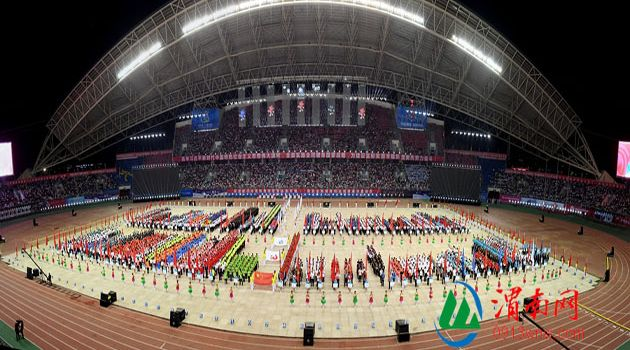 渭南市第十三届运动会精彩开幕8000多人参演数万人观看(高清组图)