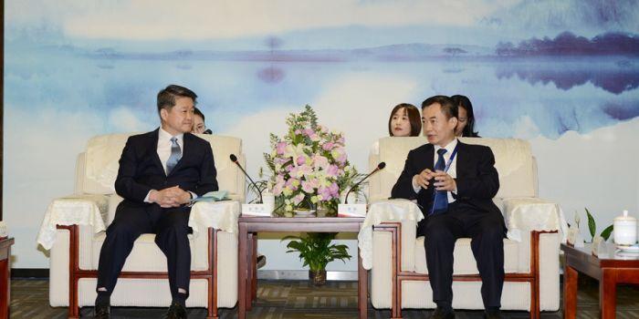 渭南市市长李毅会见韩国中小企业部次官金學道一行(组图)