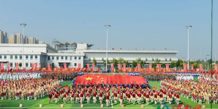 臨渭區萬人文體展演氣勢恢宏 歡慶新中國成立70周年(高清組圖)