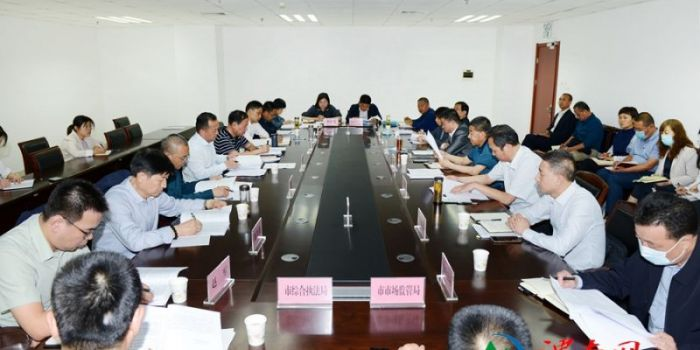 渭南市人大常委会对全市法治政府建设工作进行专题调研(组图)