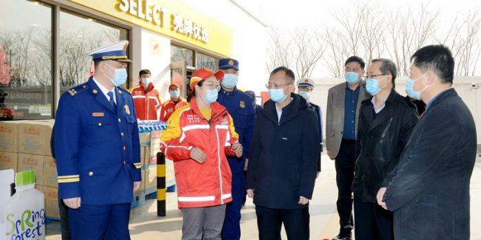 王晓军检查临渭区节前安全生产工作(组图)